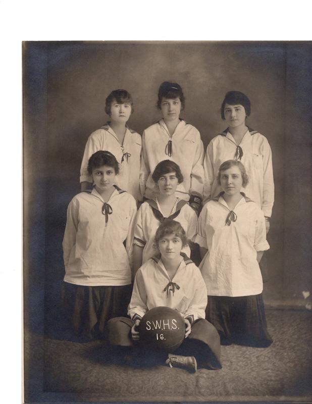 Girls Athletic Teams001