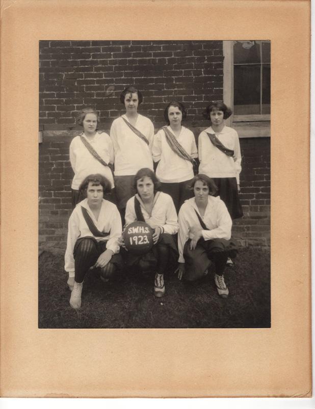 Girls Athletic Teams005