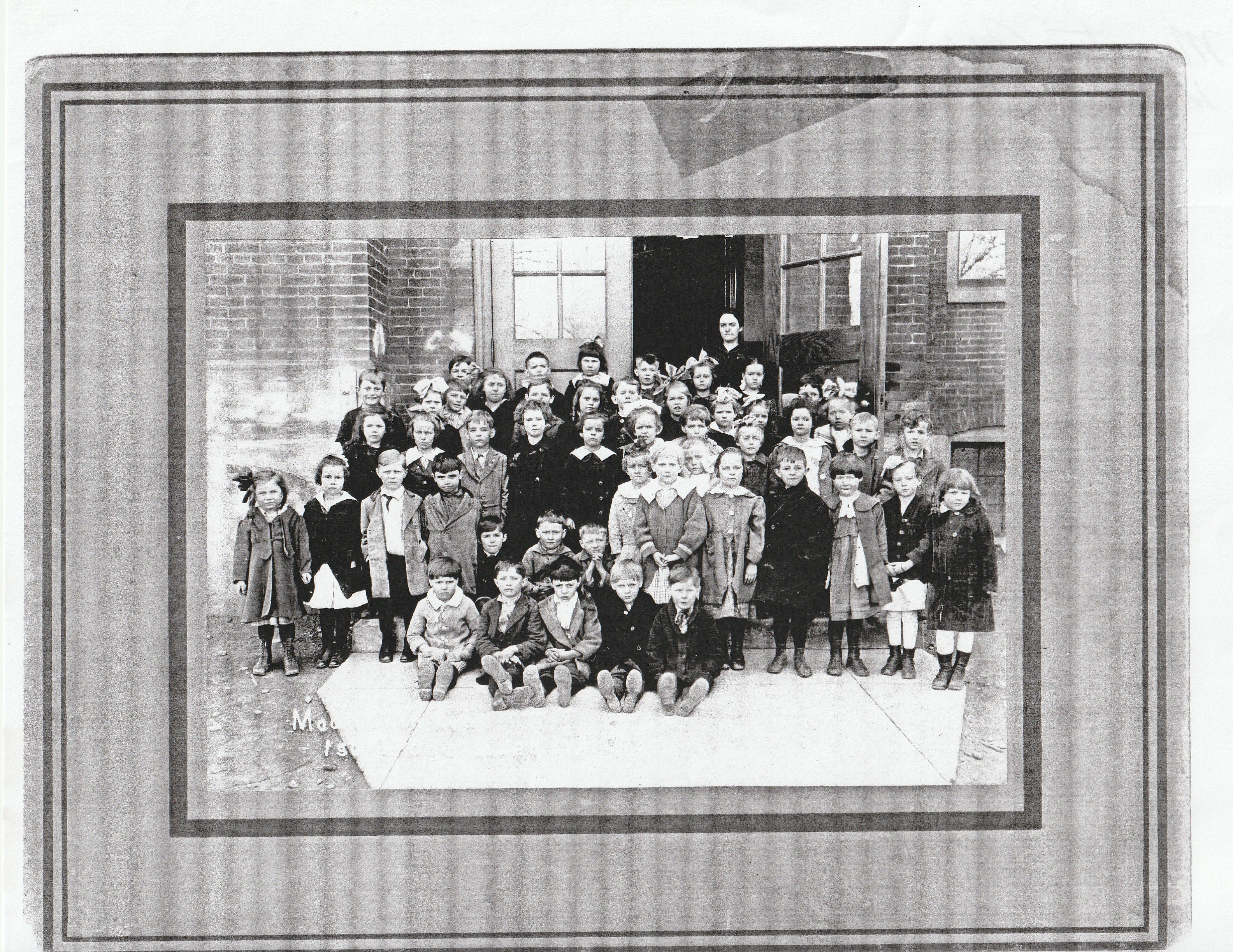 Mountain Ave. First Grade 4 24 1918